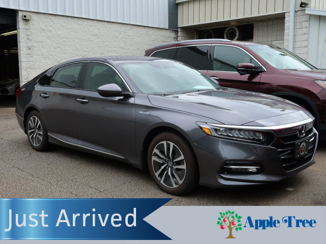 Pre-Owned 2020 Honda Accord Hybrid Touring