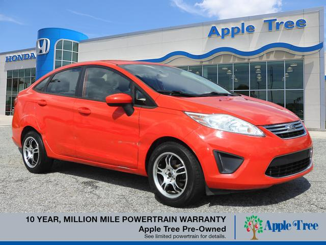Pre-Owned 2012 Ford Fiesta SE