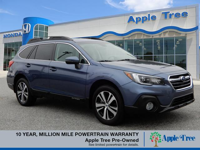 Pre-Owned 2018 Subaru Outback 2.5i Limited w/ Eyesight & Navigati