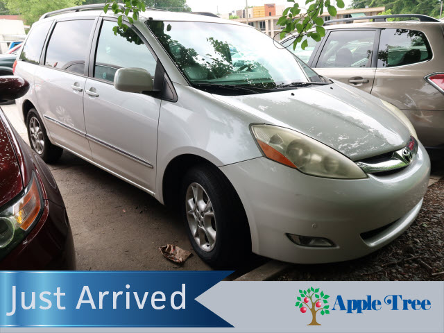 Pre-Owned 2006 Toyota Sienna XLE Limited AWD Navigation DVD