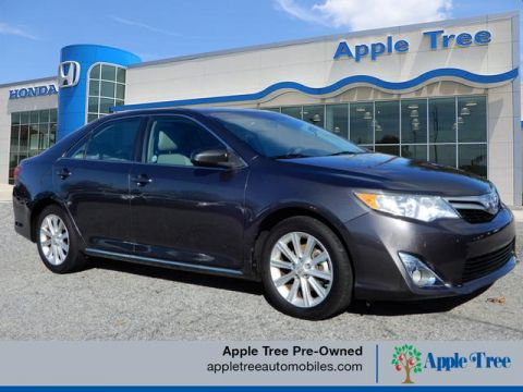 Pre-Owned 2014 Toyota Camry XLE Leather